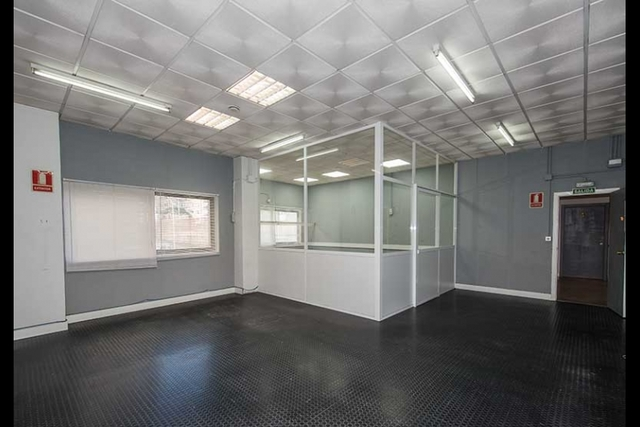 oficinas_10_11_12_avenida_de_vigo_15_04